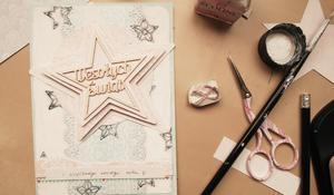 KROK X – Wykończenie kartki świątecznej z trójwymiarową gwiazdą